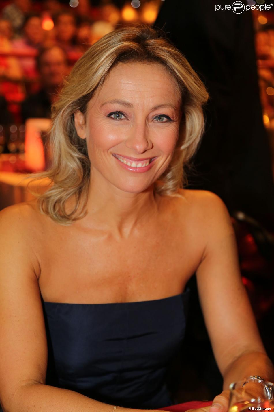 Exclusif - Anne-Sophie Lapix lors de l'émission Le plus grand cabaret du Monde, diffusion le 7 septembre 2013
