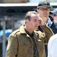 """Jean Dujardin sur le tournage de """"The Monuments Men"""" sur les côtes anglaises - le 5 juin 2013. Le film est realisé par George Clooney."""