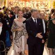 Le roi Philippe de Belgique et son épouse la reine Mathilde, très élégants, assistaient dans la soirée du 25 septembre 2013 en l'église Notre-Dame de la Cambre d'Ixelles à un concert en l'honneur de l'accession au trône du roi, en hommage aux 20 ans de règne du roi Albert II et en souvenir du roi Baudouin.