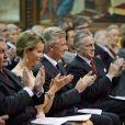 Le roi Philippe de Belgique et son épouse la reine Mathilde ont applaudi dans la soirée du 25 septembre 2013 en l'église Notre-Dame de la Cambre d'Ixelles un concert en l'honneur de l'accession au trône du roi, en hommage aux 20 ans de règne du roi Albert II et en souvenir du roi Baudouin.