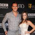 Owain Yeoman et sa compagne Gigi Yallouz le 21 septembre 2013 à Los Angeles. Le couple s'était discrètement marié quelques jours plus tôt à Malibu.