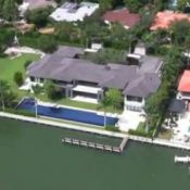 Enrique Iglesias : Une villa à 26 millions loin des rumeurs de séparation