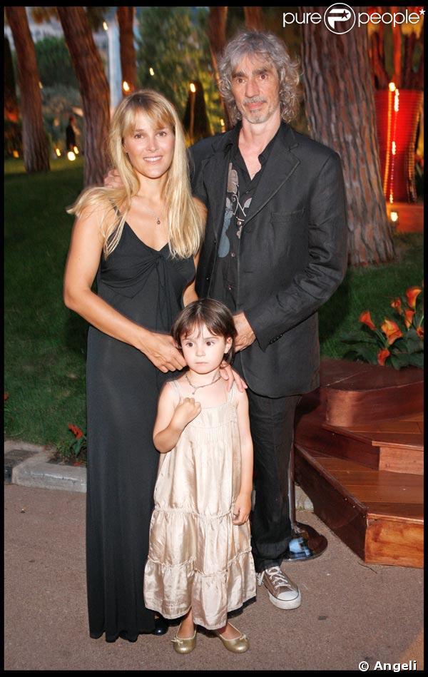 LOUIS BERTIGNAC, sa femme Julie et leur fille Lola – Photos Louis ...