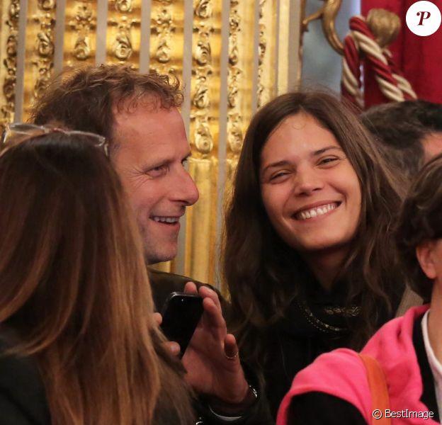 Charles Berling et Vanille Clerc - Remise de décorations au Palais de l'Élysée par le président de la République, François Hollande, à Paris le 9 octobre 2013.