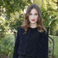 Mélanie Bernier (habillée en Dior) à Paris, le 27 septembre 2013.