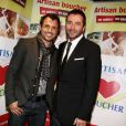Willy Rovelli et Bernard Montiel lors de la 2ème édition du Pot-au-feu des célébrités au restaurant le Louchebem, organisée par les Fédérations des Artisans Bouchers d'Ile-de-France à Paris le 17 octobre 2013