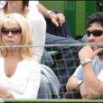 Diego Maradona avec son ex-épouse Claudia à Buenos Aires en 2006.