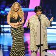 """Patti LaBelle et Mariah Carey sur la scène du """"Black Girls Rock"""" au NJ Performing Arts Center de Newark, le 26 octobre 2013."""