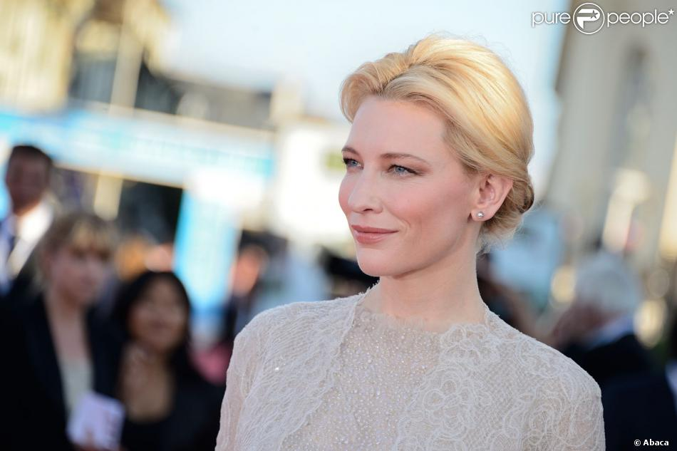 Tendance beauté : le nude adopté par Cate Blanchett