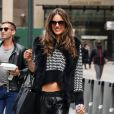 Alessandra Ambrosio quitte les QG de Victoria's Secret à New York, le 6 novembre 2013.
