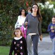 Alessandra Ambrosio et sa fille Anja à Los Angeles, le 5 novembre 2013.