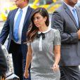 Kourtney Kardashian se rend à l'hôtel Trump Soho à New York, vetue d'une robe et de souliers Saint Laurent. Le 6 novembre 2013.