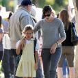 Jennifer Garner avec sa fille Violet à Santa Monica, le 7 novembre 2013.