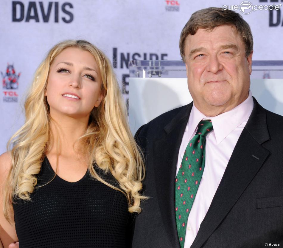John Goodman et sa fille Molly lors de l'hommage de l'acteur au Chinese Theater à Los Angeles le 14 novembre 2013