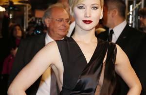 Hunger Games à Paris : Jennifer Lawrence, poupée gothique, fait le show
