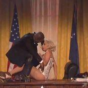 Lady Gaga aux AMA 2013 : Secrétaire sexy face à Katy Perry, geisha glamour