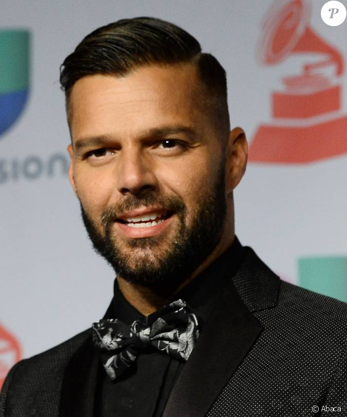 le center hispanic single men Latino dating site - meet latino singles on amigoscom meet latino singles - sign up today to browse single latino women and single latino men - browse single latino pics free.