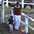 Exclusif - Ricky Martin et ses fils Matteo et Valentino dans un parc à Sydney, en Australie, le 18 mai 2013