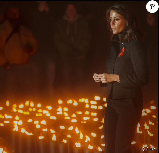 La princesse Marie a allumé un des cierges rendant hommage aux personnes décédées du sida après un concert spécial en l'église de la Trinité de Copenhague à l'occasion de la Journée mondiale de la lutte contre le sida, le 1er décembre 2013