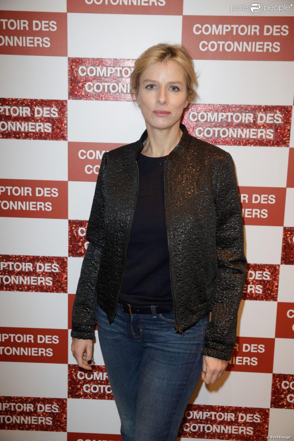 Karine viard lors de l 39 inauguration d 39 une nouvelle boutique comptoir des cotonniers paris - Boutiques comptoir des cotonniers ...