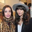 """Elodie Bouchez à l'inauguration d'une nouvelle boutique """"Comptoir des Cotonniers"""" au 1 rue des Francs-Bourgeois à Paris, le 5 decembre 2013."""
