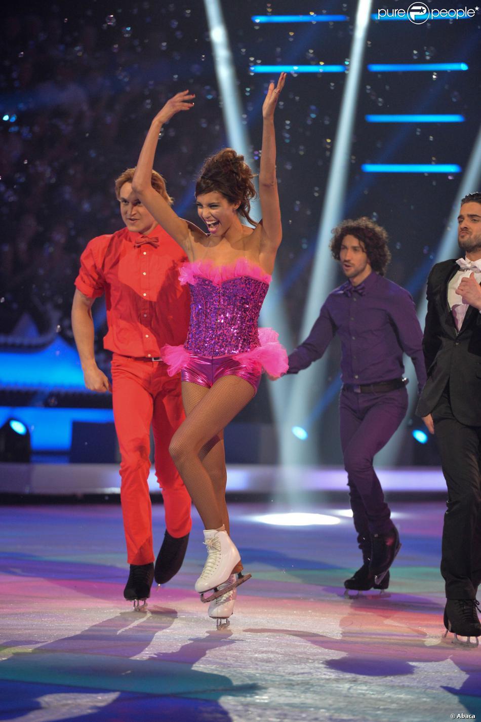 Chloé Mortaud pendant le deuxième prime d'Ice Show sur M6. Novembre 2013.