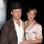 Robin Wright fiancée au jeune Ben Foster : C'est officiel !