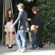 Rachel Zoe, une semaine après son accouchement, sortait le 29 décembre 2013 à l'Hôtel cinq étoiles Bel-Air, à Los Angeles, pour un brunch en famille avec son mari Rodger Berman et leurs fils Skyler et Kaius, mais aussi leurs amis Jaime King et Kyle Newman avec leur bébé, James.