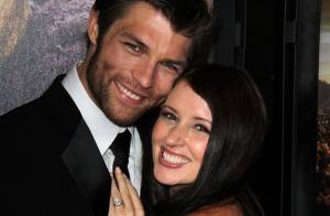 Liam McIntyre marié : Noces féériques pour la star de Spartacus et sa belle Erin