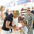 La comtesse Sophie de Wessex avec ses enfants Lady Louise et James au Coronation Festival à Buckingham le 11 juillet 2013