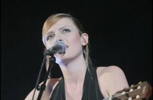 Elodie Fregé annule son concert de demain