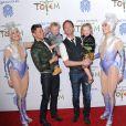 Neil Patrick Harris et David Burtka avec leurs enfants lors de la première du spectacle Totem du Cirque du Soleil à Santa Monica, le 21 janvier 2014.