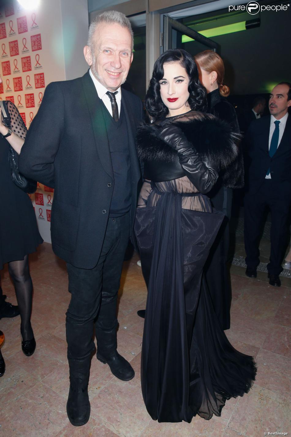 Jean Paul Gaultier et Dita Von Teese assistent au Dîner de la mode contre le sida, au pavillon d'Armenonville. Paris, le 23 janvier 2014.