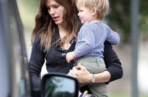 Jennifer Garner : Son fils Samuel s'éclate au parc avec sa maman poule