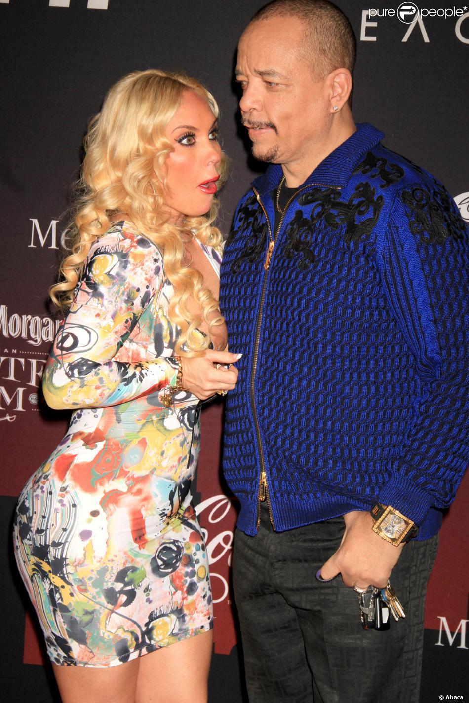 Coco, victime d'un incident vestimentaire sous les yeux de son mari Ice-T lors de la soirée pré-Super Bowl organisé par ESPN au Pier 36. New York, le 31 janvier 2014.