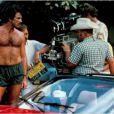 Tome Selleck sur le tournage de Magnum.