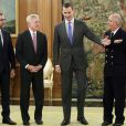 Le prince Felipe d'Espagne recevait le 10 février 2014 le secrétaire d'Etat américain Ray Mabus, au palais de la Zarzuela à Madrid.