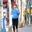 Olivia Wilde, enceinte, quittant son cours de yoga à Los Angeles le 18 février 2014