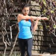 Lea Michele fait du footing au Runyon Canyon Park, et se rafraîchit ensuite avec un smoothie à Los Angeles, le 13 février 2014.