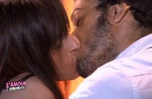 L'amour est aveugle 3 : Un baiser sulfureux, un massage bouillant et des muscles