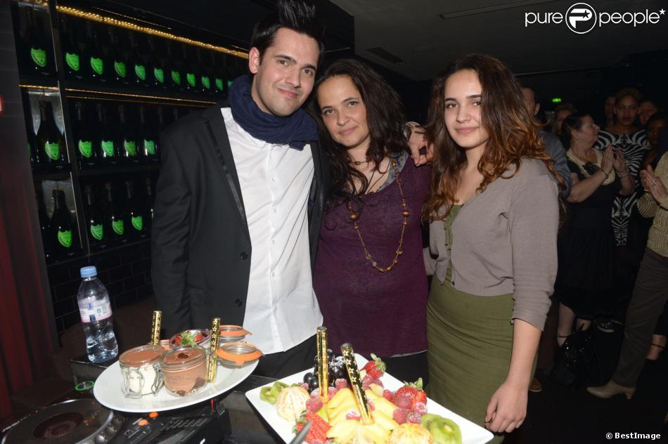 Exclusif - Yoann Fréget fête son 25e anniversaire à la Gioia à Paris le 12 mars 2014.