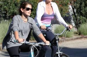 Cindy Crawford : Balade sportive en famille, le top rayonne !