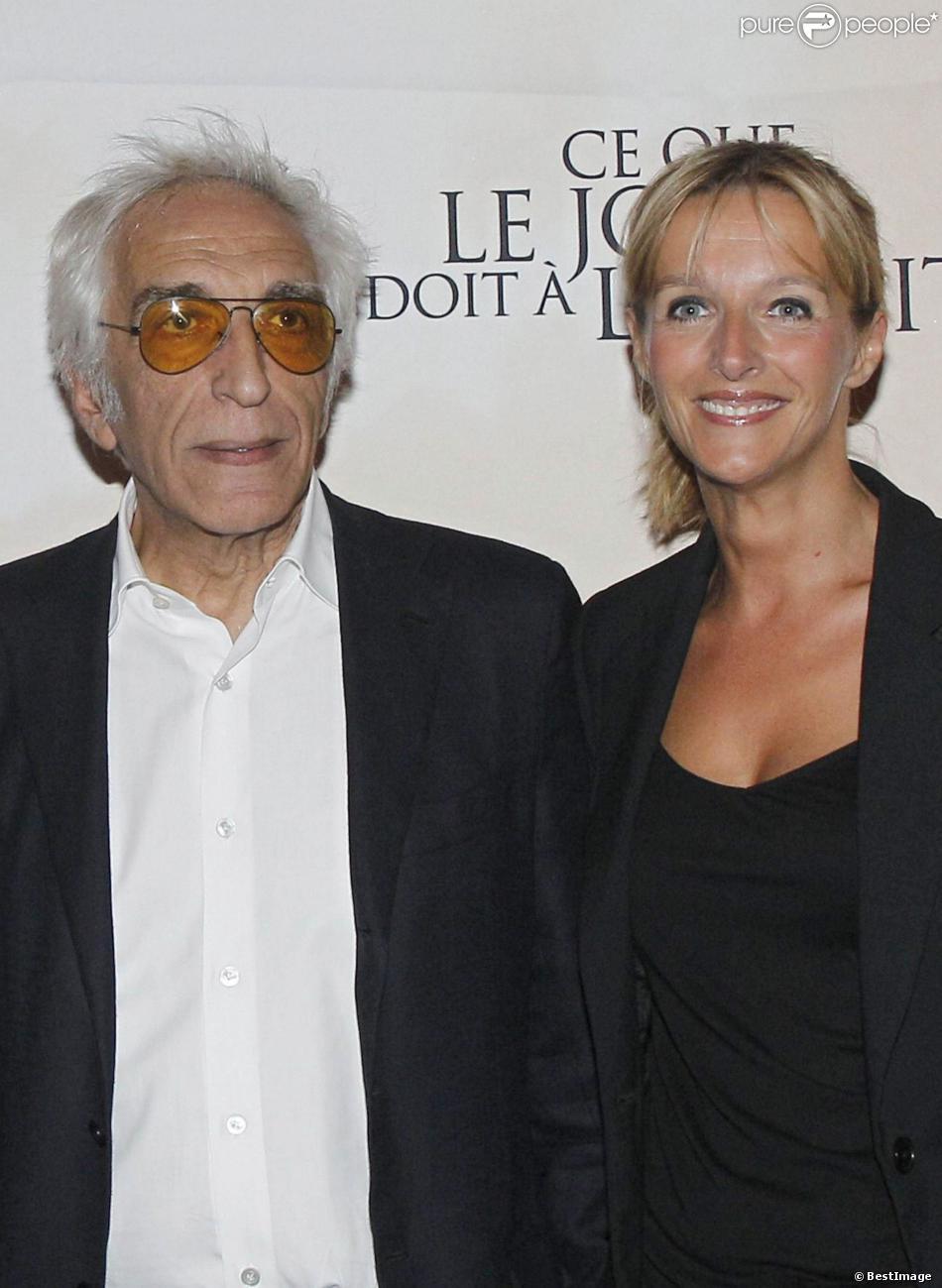 Gérard Darmon et sa compagne Christine à Paris le 3 septembre 2012.