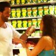 Martika et Paul font une bataille de chantilly dans le cinquième épisode du Bachelor 2014, diffusé lundi 24 mars sur NT1.