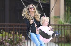 Rebecca Gayheart : Mère de famille et amoureuse, elle ne choisit pas