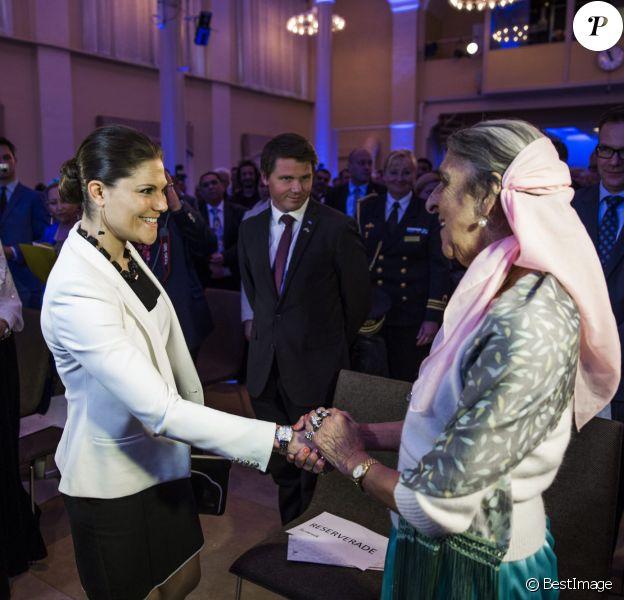 La princesse Victoria de Suède lors du lancement du Livre blanc sur les abus et les violations des droits des Romes dans les années 1940, au centre de conférences Norra Latin, le 25 mars 2014 à Stockholm