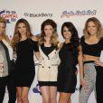 Sarah Harding, Nadine Coyle, Nicola Roberts, Cheryl Cole et Kimberley Walsh de Girls Aloud au Jingle Bell Ball à Londres, le 9 décembre 2012.