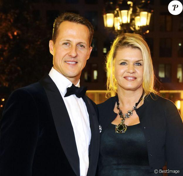 Michael Schumacher et sa femme Corinna lors du 31e Gala des Legendes du Sport, à Francfort le 10 novembre 2012