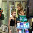 Kate Moss et sa fille Lila ont joué les parfaites touristes à Rio le 3 avril 2014