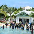 - Exclusif - Heidi Klum passe ses vacances avec ses enfants à Paradise Island aux Bahamas le 26 mars 2014.
